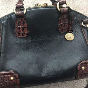 Zip top satchel